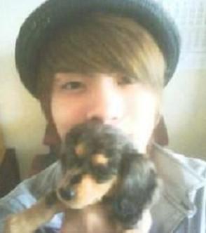 SHINee(シャイニー)メンバーの中でペットを飼っているメンバーは? (2)