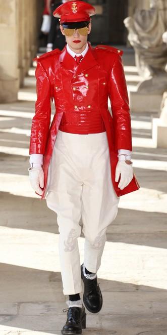 SHINeeの楽曲「Everybody」の衣装、実は「アメリカの超!有名ブランド」だった?! (2)